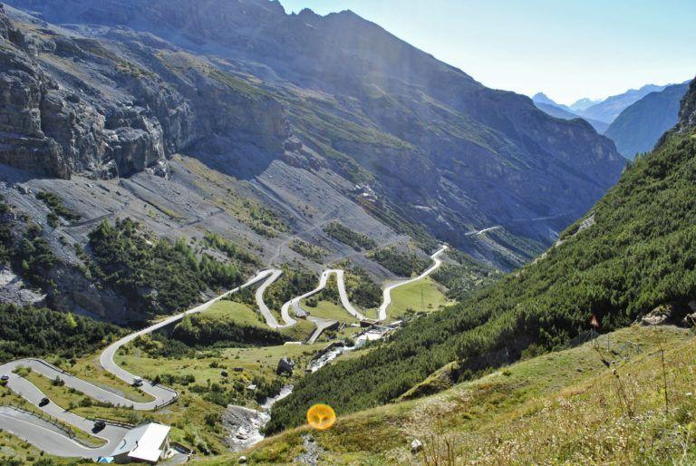 Scendiamo poi in Valtellina