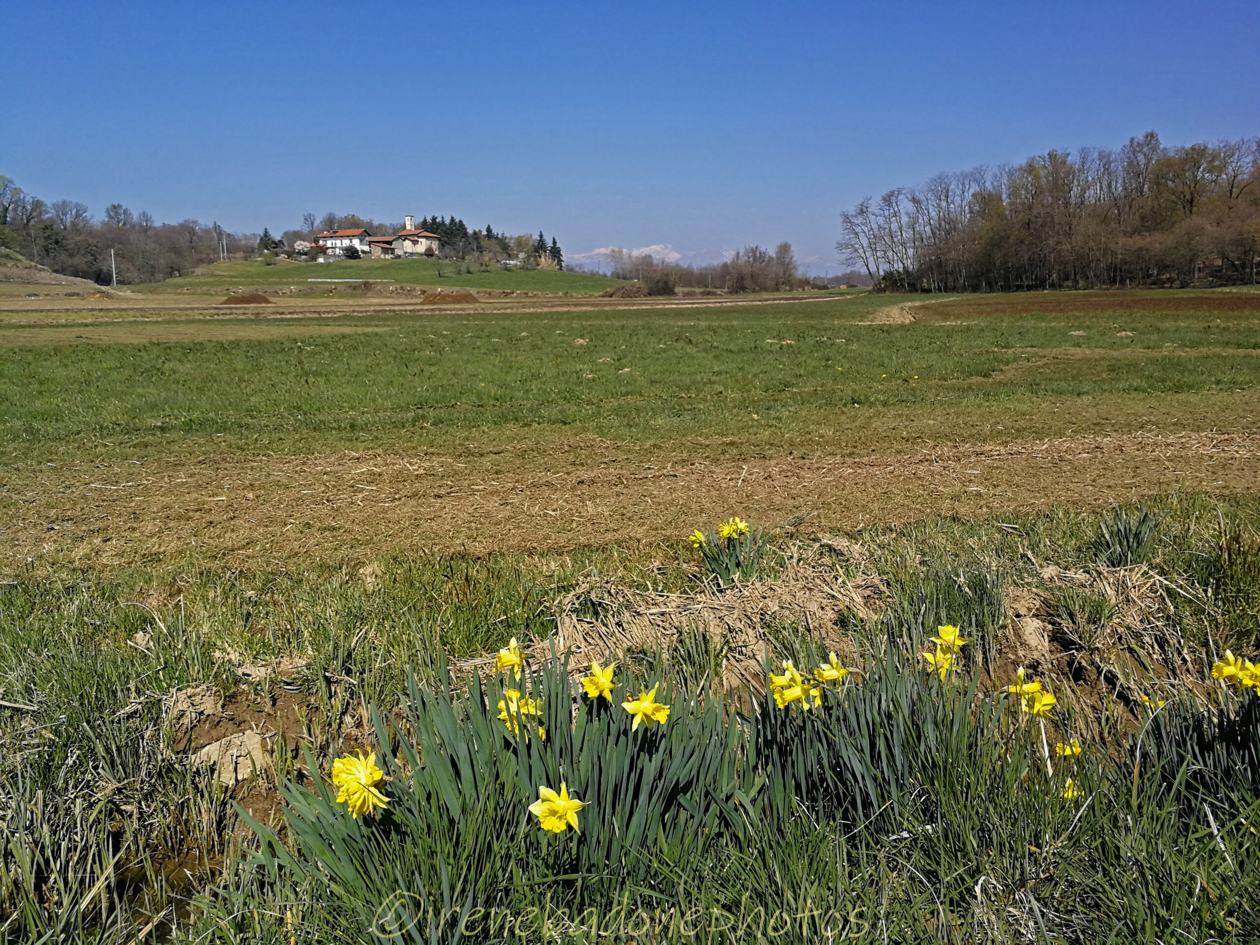 Piccola frazione arroccata sulle colline della Serra